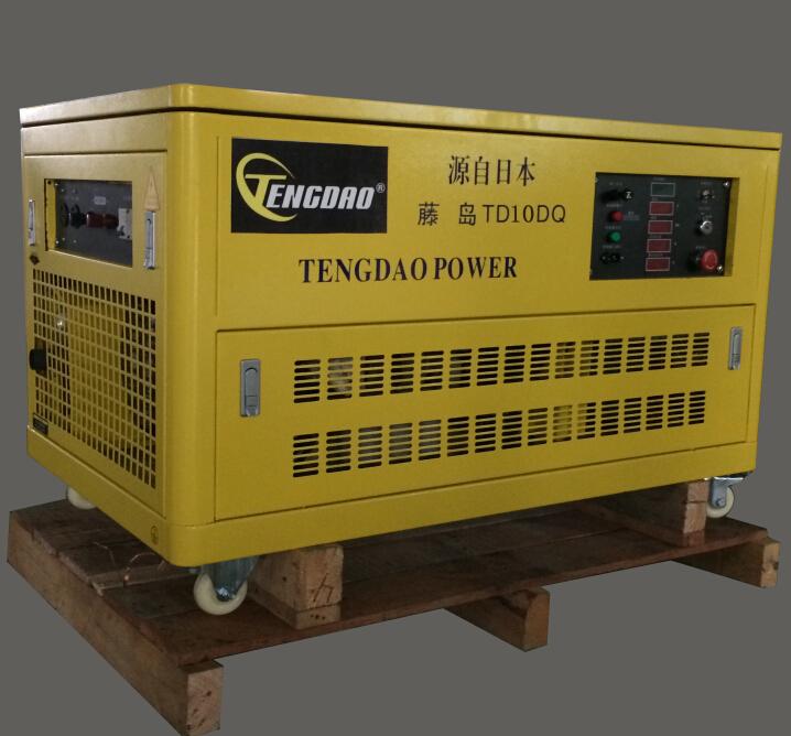 四缸水冷10KW静音汽油发电机组价格